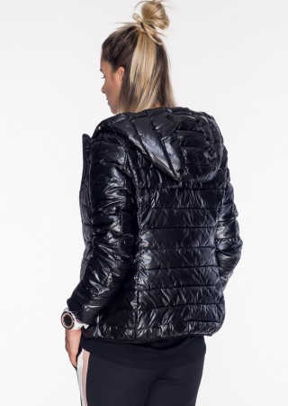 Włoska klasyczna pikowana kurtka czarny połysk