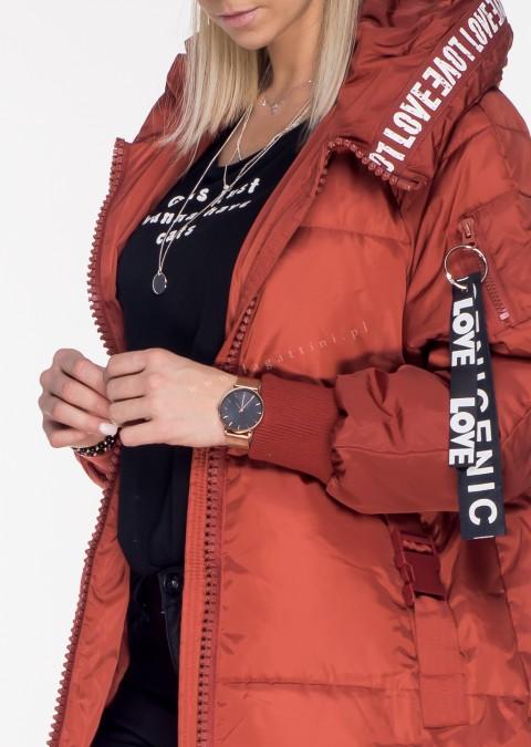 Włoski płaszcz LOVE LOVE odcienie czerwonego