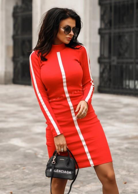 Dzianinowa sukienka LINE czerwona
