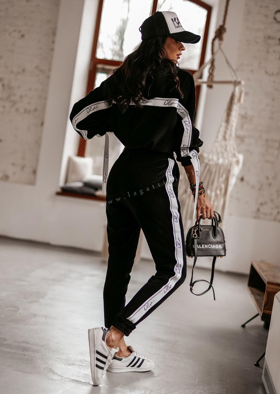 Komplet bluza + spodnie OLV LINE czarny