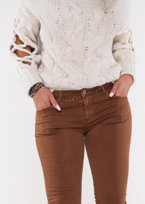 Włoskie klasyczne jeansy CARMONETTI brązowy /45
