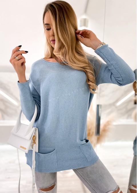 Włoski sweterek z miękkiej dzianiny 2 POCKETS niebieski