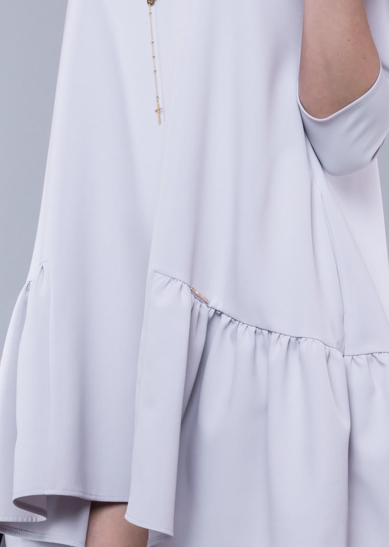 b71b3aa2d9 Sukienka trapezowa carla falbana szara - Lagattini