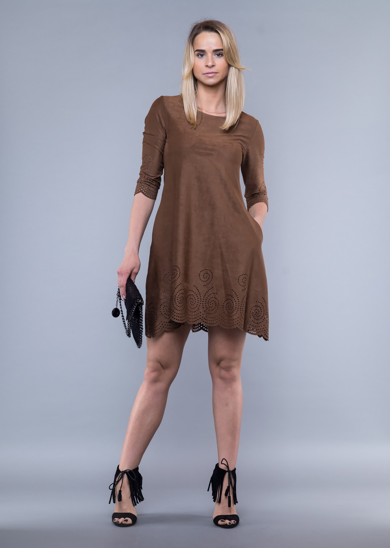 e9f714739a Sukienka zamszowa faktura dziurkowana brąz - Lagattini